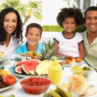 Why Eating Family Meals Together is Still Important Today